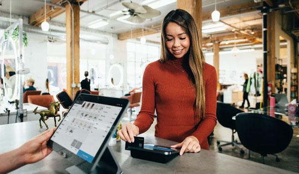 投稿画像 オンライン上の決済方法 クレジットカード - オンライン上の決済方法